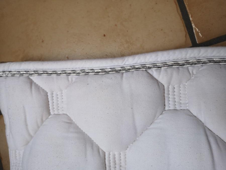 Tapis Equi Theme Blanc Lisere Gris Blanc Chevalannonce Com