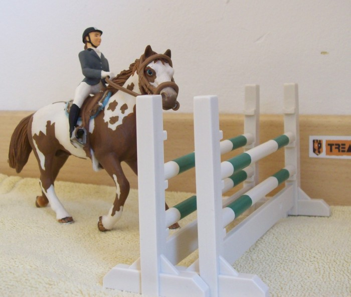 chevaux schleich. Black Bedroom Furniture Sets. Home Design Ideas