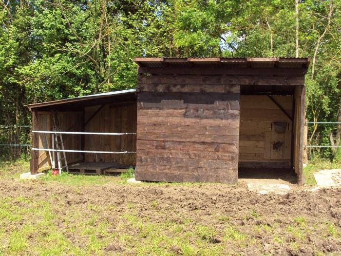 Construction d 39 un box abri - Abri chevaux pas cher ...
