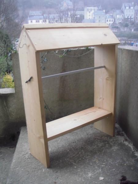 porte selle en bois. Black Bedroom Furniture Sets. Home Design Ideas