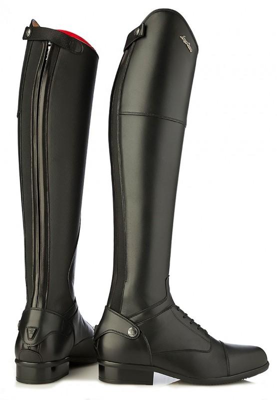 Je poste aujourd\u0027hui car j\u0027aimerais connaître votre avis sur les bottes  Everyone de la marque Sergio Grasso. Il s\u0027agit du modèle avec l\u0027intérieur  de la