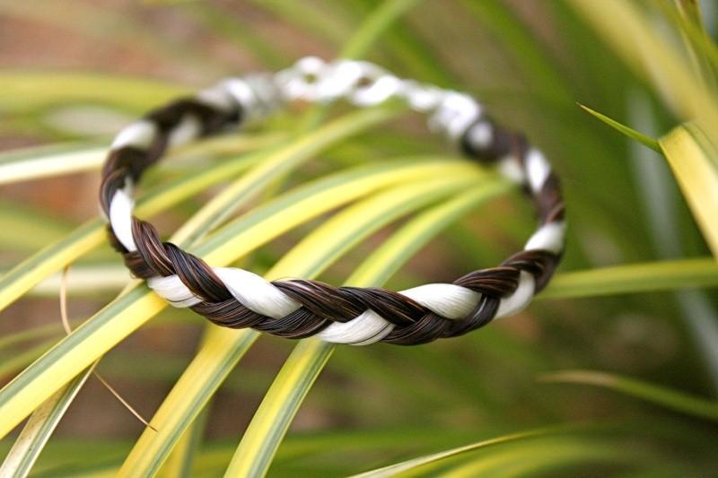 bracelet en crins 7euros envoi inclus Magaly56-1eced3be15726f24f886a234682e41fc
