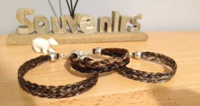 bracelet en crins 7euros envoi inclus Magaly56-f3027aac83140f8426438cf9b058fb96